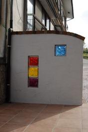 ガラスブロックサインのある門柱