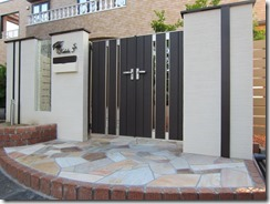 門扉のある門柱