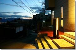 プレミアム門柱現場の夕暮れと時