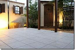 日除けのあるココマⅡテラス床はタイル貼り5076