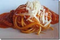 パンチェッタとトマトソースのスパゲティー アマトリチャーナ046