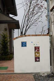 ガラスブロックサインのある門柱12