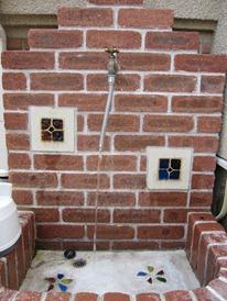 Brickwork Washbasin faucet