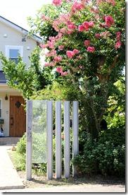 和の庭にH鋼ジュエルグラス門柱