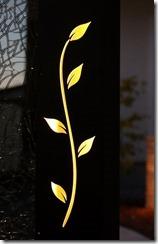 オリジナル特殊塗装伊尚胡桃に蔓のデザインをレザーカット028
